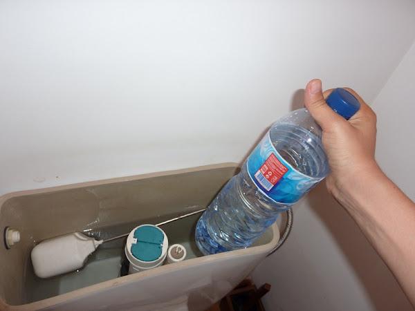 Como poupar água do autoclismo