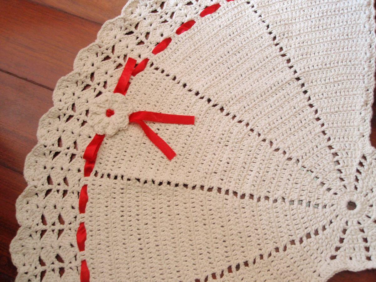 Tapete De Barbante Com Fitas Em Cetim Como Fazer -> Tapete De Croche Oval Simples Passo A Passo